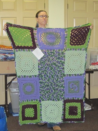 Starknuts Community afghan, donated to linus