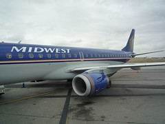 Frontier Midwest Embraer at LGB