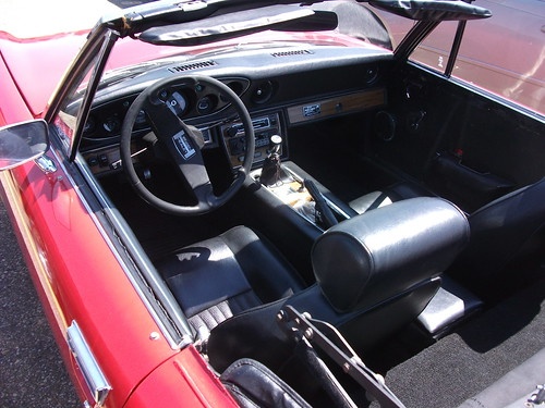 Jensen Healey interior