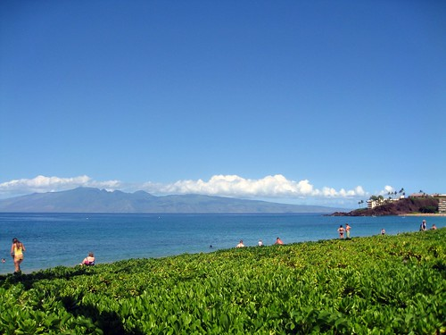 ka'anapali beach, with molokai