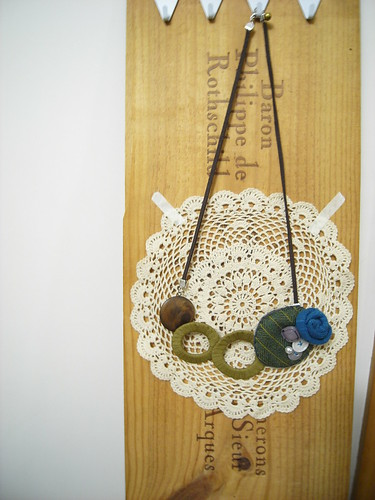 bubble story necklace 02