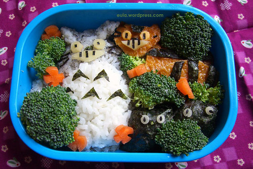 totoro and neko bus bento!