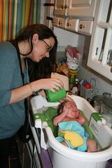 2010-04-13-i-bath06