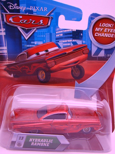 Disney CARS hydraulic ramone (1)