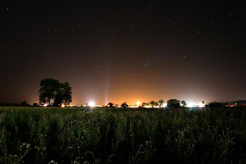 rzeka światła, księżyc wieczorową porą