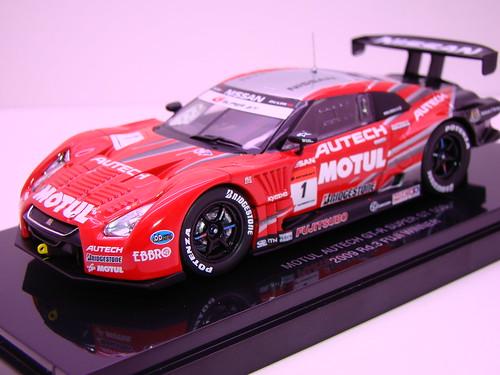 EBBRO MOTUL AUTECH GT-R SUPER GT 5002009 RD. 3 FUJI WINNER (3)