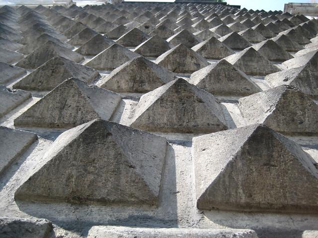 Gesu Novo facade