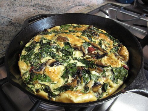 Monday brunch: swiss chard and mushroom frittata