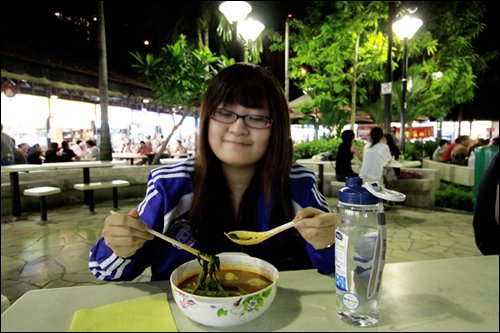 me and tom yum D: