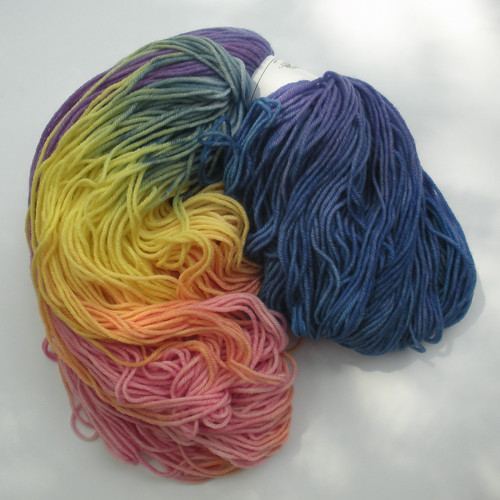Tess' Designer Yarns Superwash Merino Rainbow