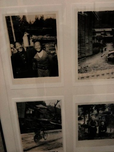 逆谷の古い写真展