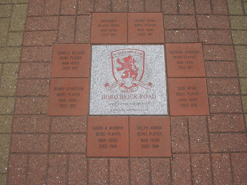 Boro Brick Road, War Heroes