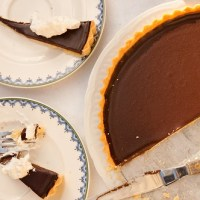 No Bake Chocolate Tart for a Happy Husband