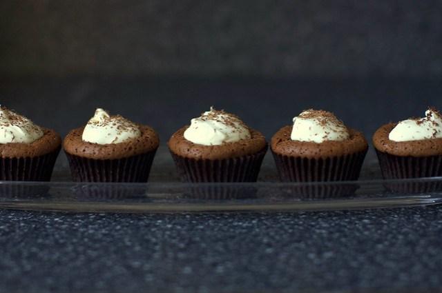 chocolate souffle cakes, mint chocolate cream