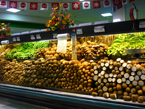 Roots and tuber section in a PR supermarket