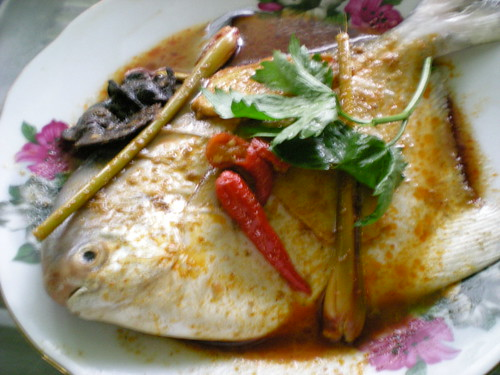 Tom yam steamed fish 3