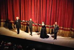 Applausi al primo intervallo, nell'ordine da sinistra: Giacomo Prestia, Fabio Armiliato, Daniela Dessì, Leo Nucci.