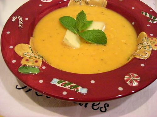 Суп-пюре из оранжевой тыквы