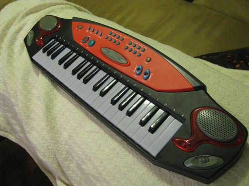 second hand synth from Value Village #2