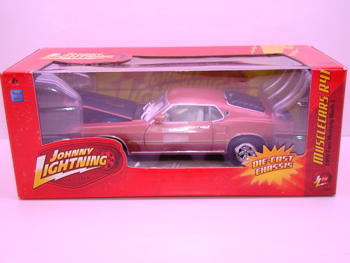 johnny lightning 1969 ford mustang mach 1 white lightning (2)
