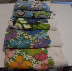 Vintage floral bath towels