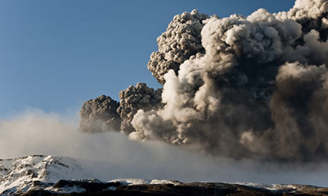 Volcano-Erupts-In-Iceland-004 (by StarbuckGuy)