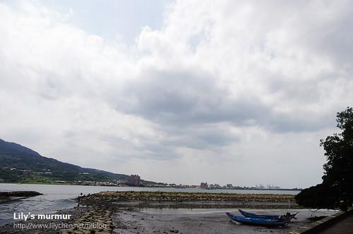 淡水捷運站後方風景。