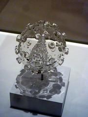 Luke Jerram, HIV sculpture