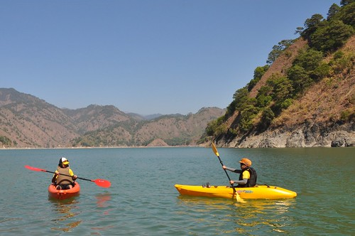 Kayaking in Ambuklao Dam