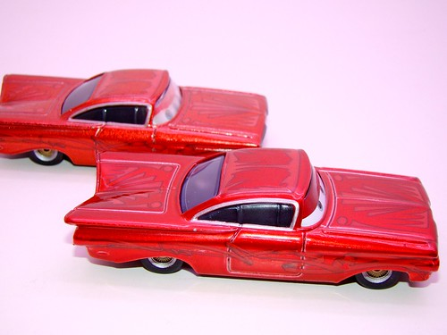 Disney CARS ransburg and regular hydraulic ramone comparison (5)