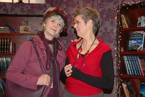 op de foto met Els, de moeder van de Notaris