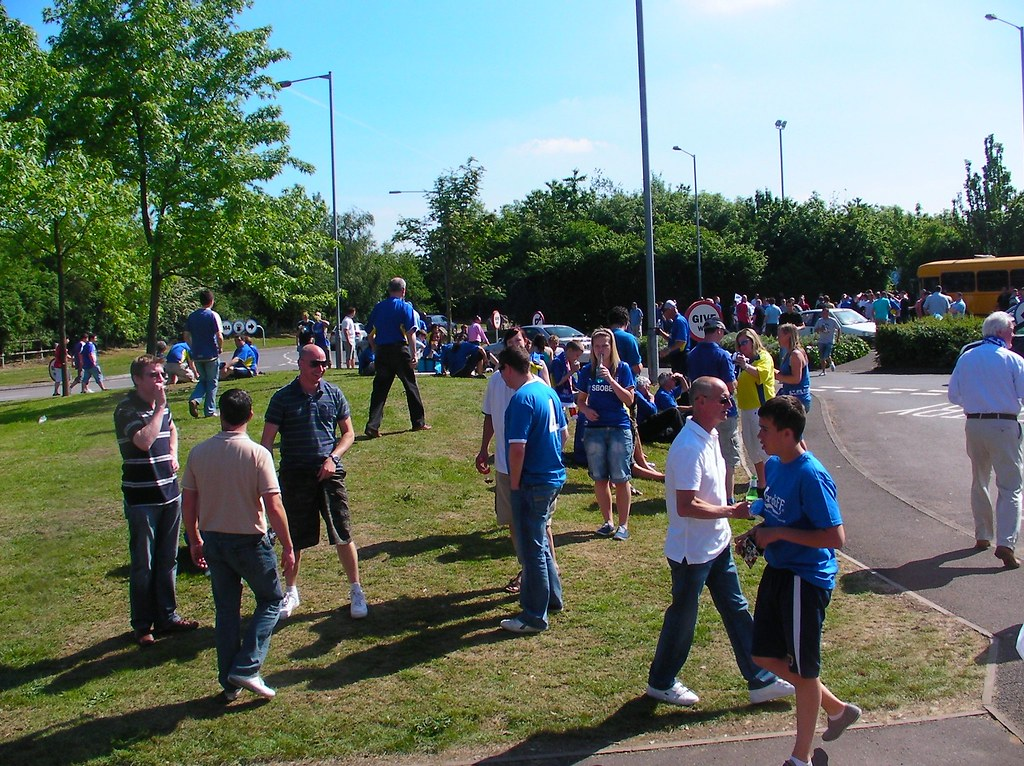 Wembley-Blackpool v Cardiff-Reading Services