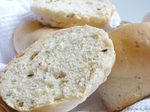 pau bhaji rolls cumin and garlic