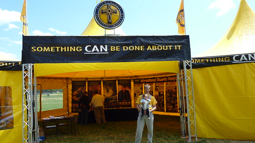 Helping People with Differing Religious Beliefs at the Scientology VM Tent