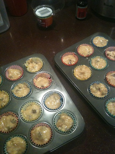 Banana, choc chip & caramel muffins
