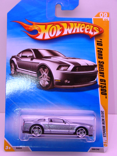 hot wheels '10 ford shelby gt500 (1)