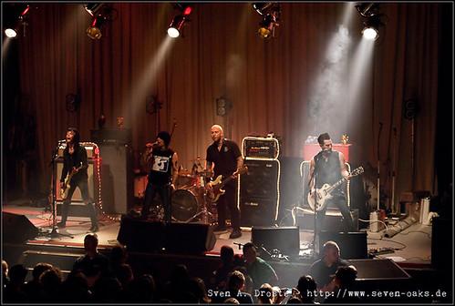 Rik Oldman, Beverly Crime, Andru Bourbon, TV Moerk & Fabio Potenzano / Radio Dead Ones