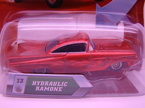 Disney CARS hydraulic ramone (2)