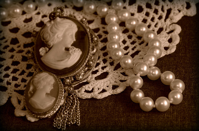 Cameos, Lace and Pearls