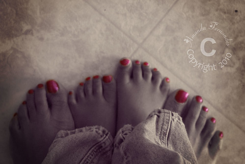 365-53 pink toes
