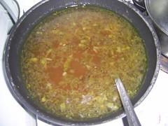 Svogūnų sriuba puode