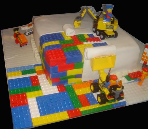 Lego cake - Under Construction