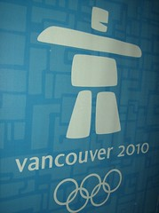 2010 VANCOUVER WINTER OLYMPICS | THE LOOK OF THE GAMES :: HOARDINGS :: VANCOUVER 2010 LOGO