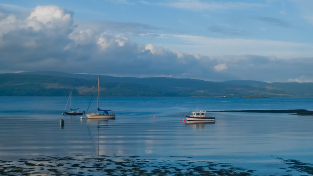 Boats near Craignure on cycle back to Tobermory