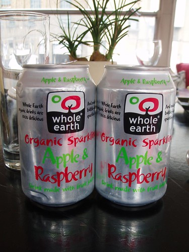 Organic Sparkling Apple & Raspberry drink