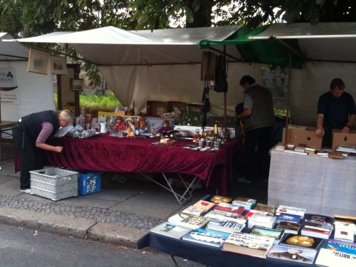 Berlin fleamarket - misc stuff
