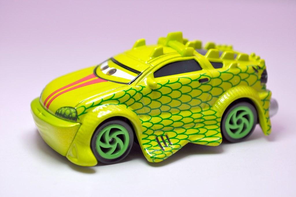 disney cars tokyo mater komodo (2)