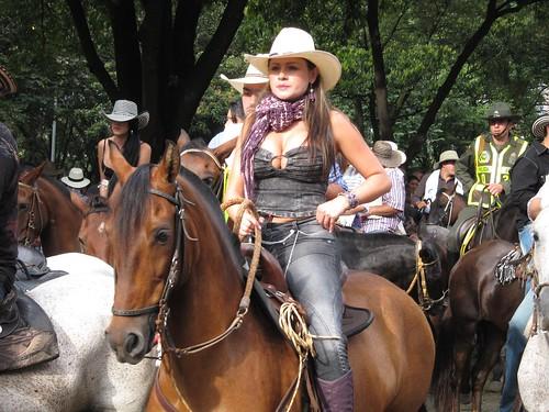 One of the many women riding horses in La Cabalgata.