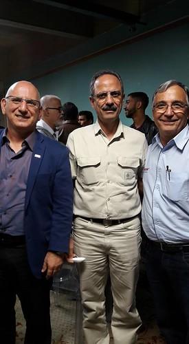 O presidente do Sinduscon, Kleber Muratori, o diretor industrial da Cenibra, Robinson Felix e o empresário Jorge Vello