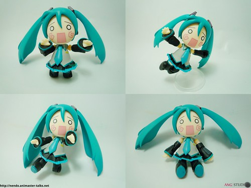 Petit Hachune Miku's various poses
